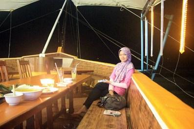 Mywife @ Resto Istana Laut