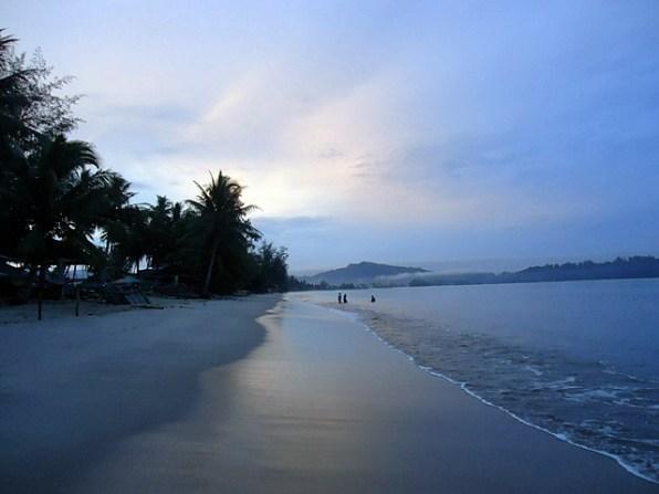 Pantai Pandan Di Pagi Hari
